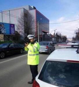 """Cântar pentru mașinile de mare tonaj ce tranzitează șoselele din Alba Iulia. """"Bonus"""": radar pistol pentru toate categoriile de autoturisme"""