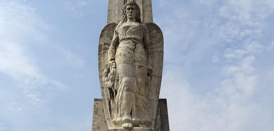 Obeliscul Horia, Cloşca şi Crişan